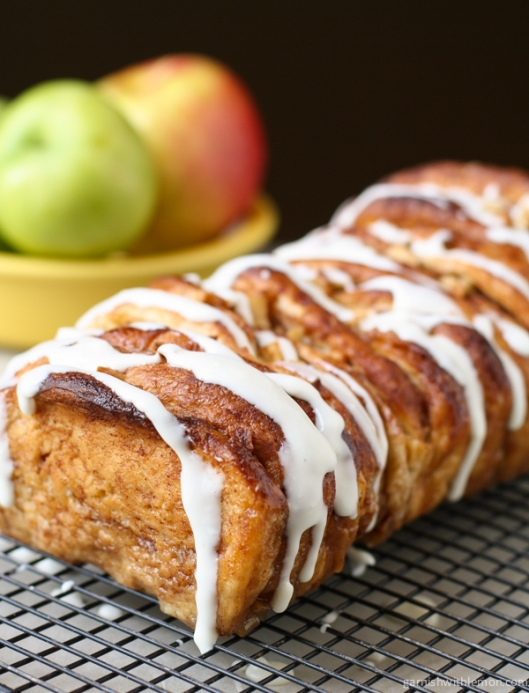 Apple-Pull-Apart-Bread-1-of-2